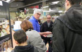 Un groupe attentif aux explications d'un des spécialistes métiers de l'entreprise. / Photo J-C.C.