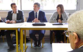 Les trois élus de la Région réunis hier à Figeac : Stéphane Bérard, Vincent Labarthe et Emmanuelle Gazel./ Photo DDM A.L.