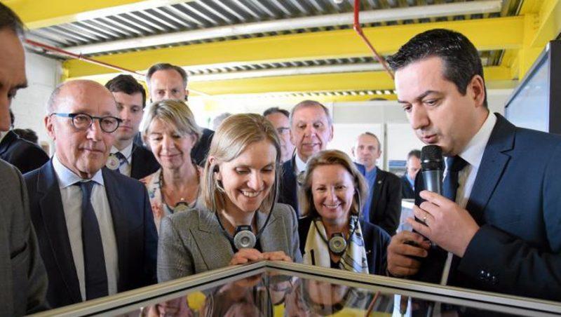 La secrétaire d'État auprès du ministre de l'Économie et des Finances a découvert les différentes fabrications de l'usine Bosch./ J.B.