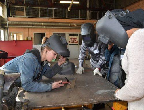 Ces sept femmes de Limoges en recherche d'emploi vont peut-être contribuer à féminiser ces métiers encore très largement masculins