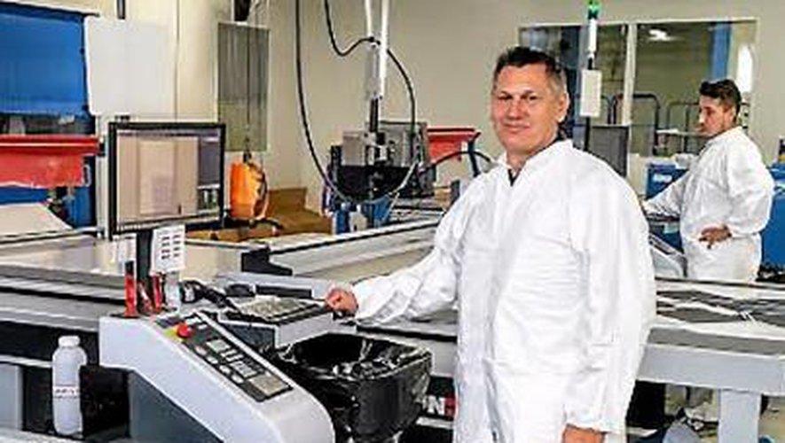 Stéphan Mazars est aux commandes d'une société qui compte parmi les fleurons de l'industrie de pointe aveyronnaise.