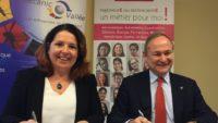 Nathalie Dousset, déléguée régionale de l'association «Elles bougent», et Jean-François Chanut, président de Mecanic Vallée, ont signé le partenariat voué à féminiser les métiers de l'industrie.