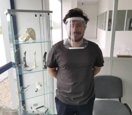 La filiale d'I.Ceram à Limoges mobilise toutes ses imprimantes 3D pour la fabrication de visières pour le visage.