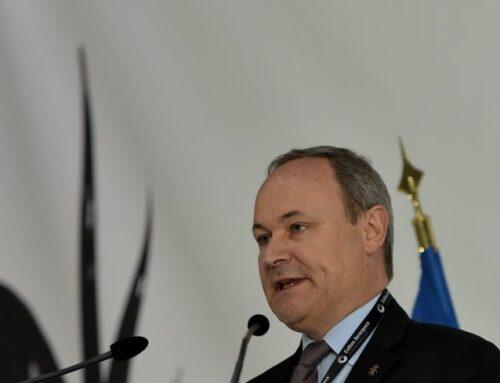 La nouvelle éco : l'équipementier aéronautique Ratier-Figeac s'en sort grâce à son activité militaire